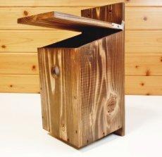 画像3: 【野鳥用巣箱】焼き杉 バードハウスB(上ふたタイプ)(縦型)巣箱(完成品) (3)