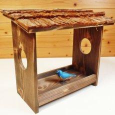 画像3: 【野鳥用餌台(バードフィーダー)】職人手作り 杉皮屋根 焼き杉バードフィーダー(完成品) (3)