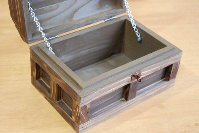 画像2: 【海賊宝箱】シンプル海賊箱(小)焼杉仕様 ロゴ、三方飾り金具なし