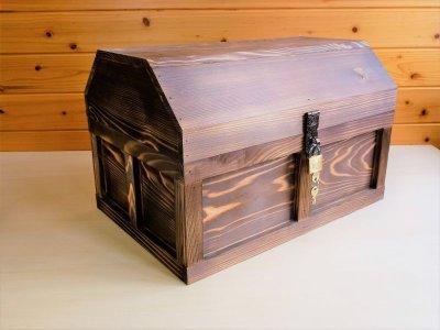 画像1: 【海賊宝箱】シンプル海賊箱(特大)焼杉仕様 ロゴ、三方飾り金具なし