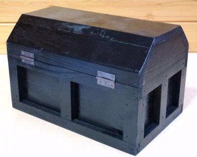 画像2: 【海賊宝箱】シンプル海賊箱(中)ブラック塗装 ロゴ、三方飾り金具なし