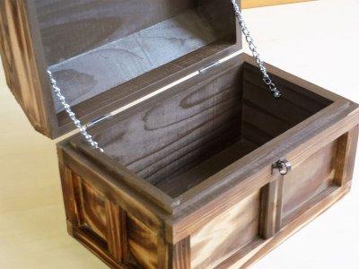 画像3: 【海賊宝箱】シンプル海賊箱(中)焼杉仕様 ロゴ、三方飾り金具なし