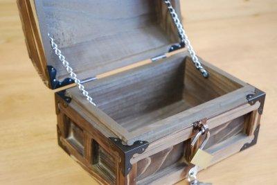 画像3: 【海賊宝箱】デラックス海賊箱(小)焼杉仕様 三方飾り金具仕上げ