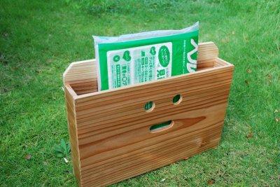 画像1: 【木製ポスト】にこにこ!杉 木製ポスト横型(新聞、回覧板、メール宅配便入れ)