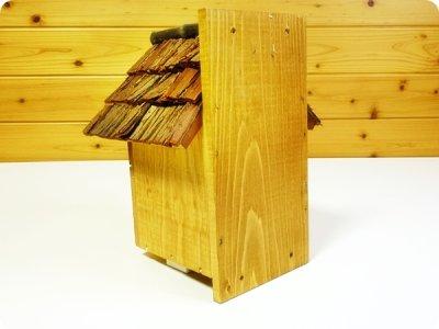 画像2: 【野鳥用巣箱】味のある職人手作り 杉皮屋根巣箱(完成品)