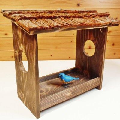 画像1: 【野鳥用餌台(バードフィーダー)】職人手作り 杉皮屋根 焼き杉バードフィーダー(完成品)