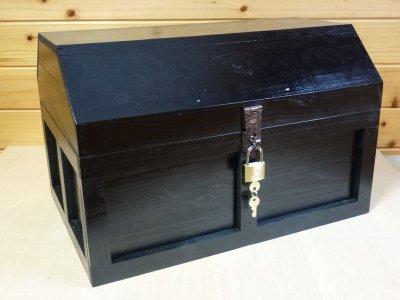 画像1: 【海賊宝箱】シンプル海賊箱(特大)ブラック塗装 ロゴ、三方飾り金具なし