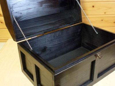 画像3: 【海賊宝箱】シンプル海賊箱(特大)ブラック塗装 ロゴ、三方飾り金具なし