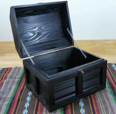 画像2: 【海賊宝箱】シンプル海賊箱(大)ブラック塗装 ロゴあり、三方金具なし