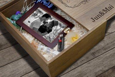 画像1: 【メモリアルボックス 恋人たちの思い出ボックス 】【名入れ無料】スライド蓋 ウェディング メモリアル ブライダル 結婚式 ウエディング メモリーボックス アクセサリー 小物収納 箱 記念日 プレゼント ギフト 贈り物 海外雑貨 フォトフレームケース プレゼント  結婚式